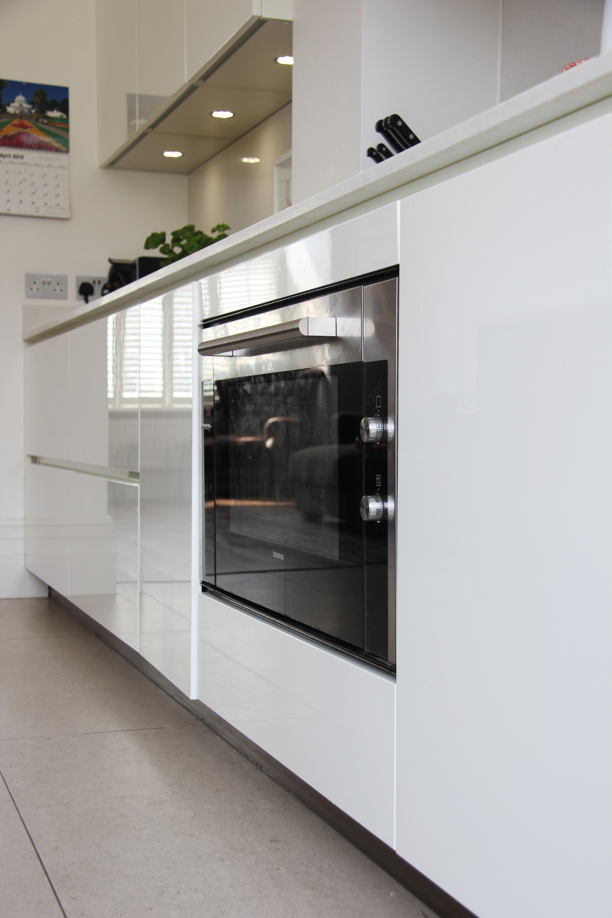 Independent kitchen design london kitchen best free for Kitchen design london
